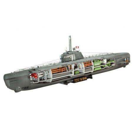 Sous-marin allemand Type XXI avec intérieur détaillé - échelle 1/144 - REVELL 05078