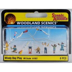 Enfants et cerfs-volants HO - WOODLAND SCENICS A1937