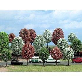 Busch 6484 - 16 arbres printaniers en fleurs échelle HO