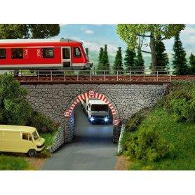 Pont à arche en pierre - HO - Faller 120498