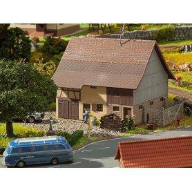 Faller 130557 - Grange avec étage à foin - échelle HO