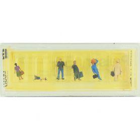 6 personnages avec bagages à l'échelle N - Preiser 9020